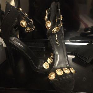 Black Stilettos Shoes